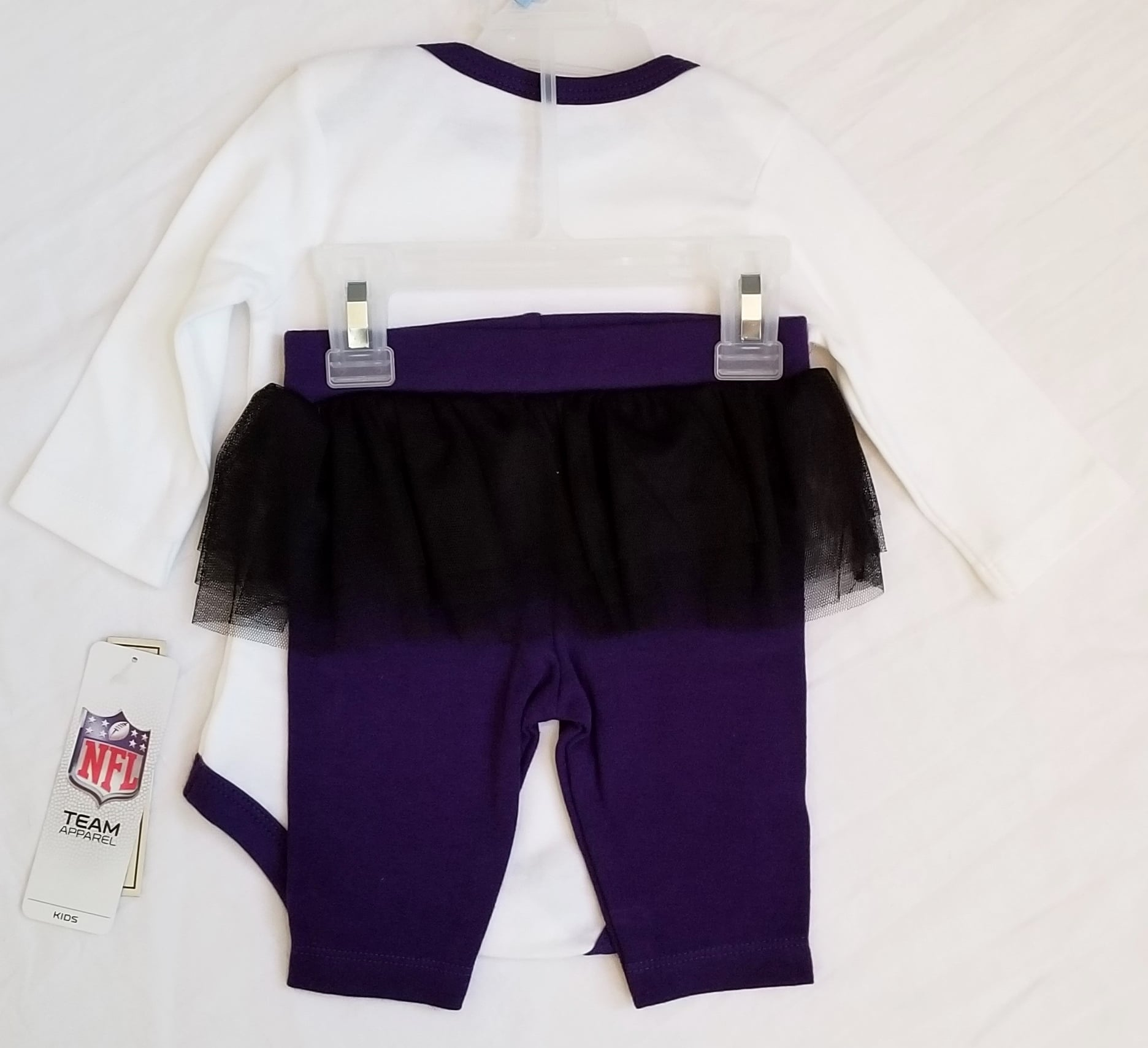 0a5aa8f8 NFL Team Apparel Baltimore Ravens Outfit (Size 3/6M)
